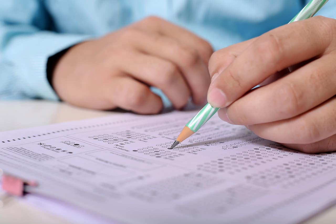 Stosowanie testów wiedzy w walidacji