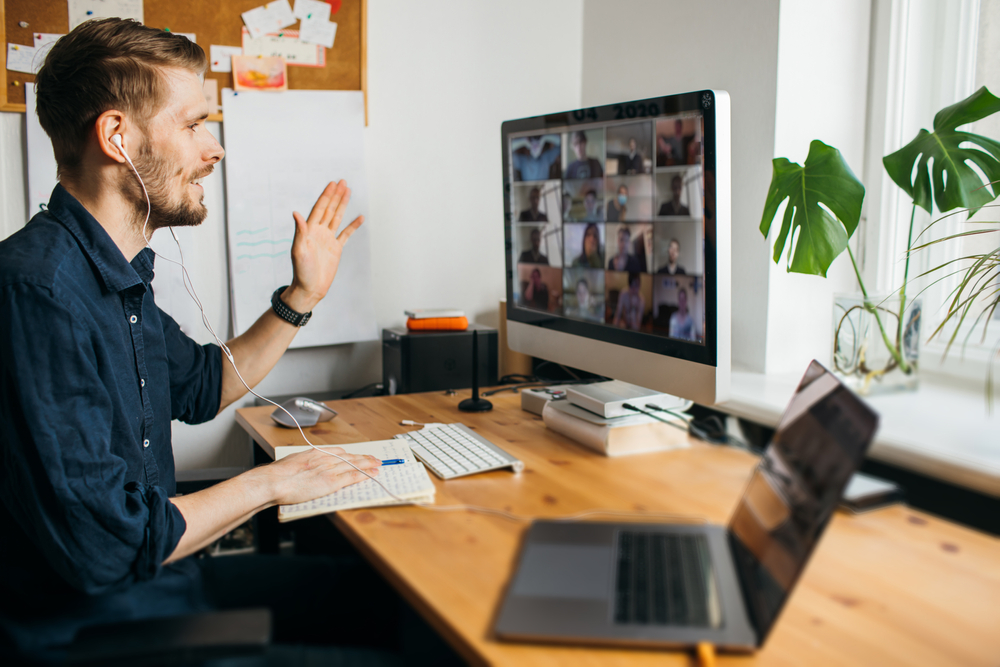 Jak połączyć prace zdalną z życiem prywatnym?